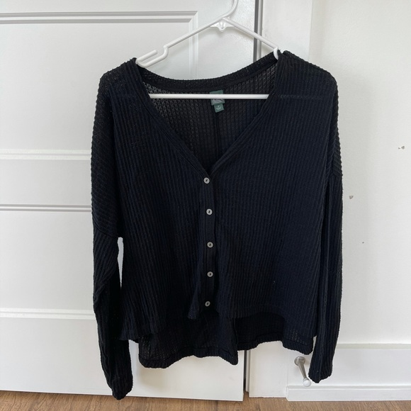 Loose fitting light weight sweater